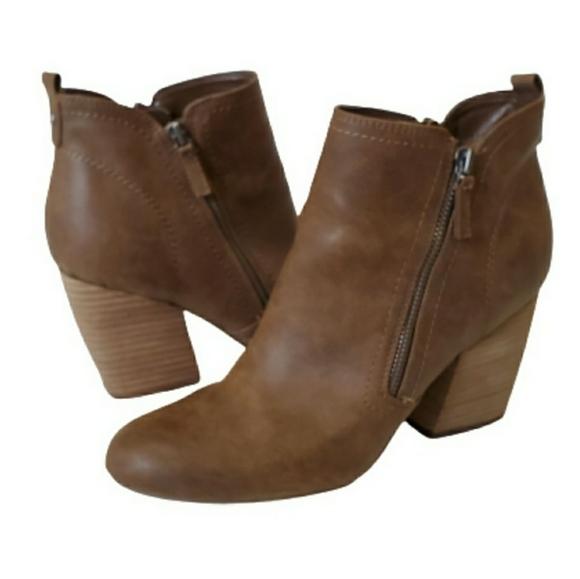 Crown Vintage Taryn Brown Leather Booties, 9.5